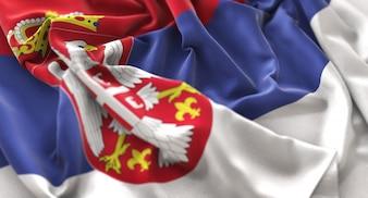 Bandera de Serbia Ruffled Bellamente Agitando Macro Primer plano