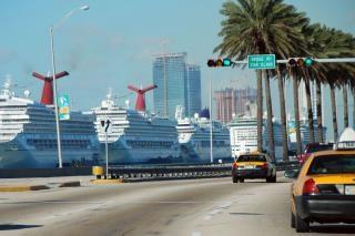 barco anclado en Miami Beach, enero 2007