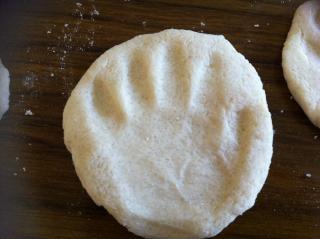 bebé huella de la mano