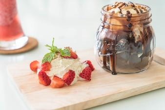 Brownies de chocolate con helado de vainilla