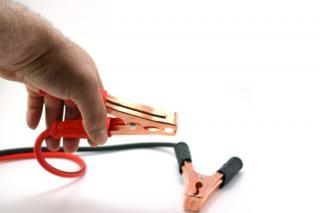 Cables de arranque y de la mano, positivo
