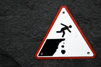 caída de acantilado señal de advertencia