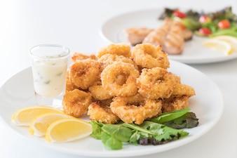 Calamares fritos (anillos de calamares)