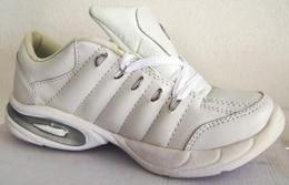 calzado deportivo, prendas de vestir