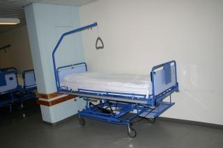 Cama de hospital, el hospital