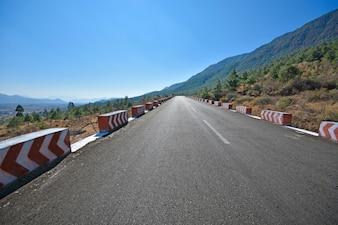 Carretera con punto de fuga