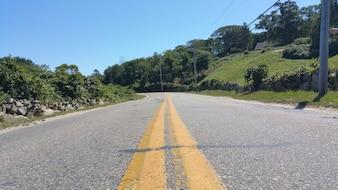 Carretera por el campo