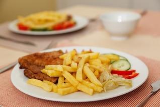 cena dieta chips de comer carne de res plato francés