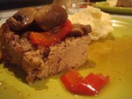cerdo delicioso plato de carne