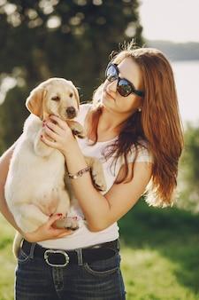 Chica con perro