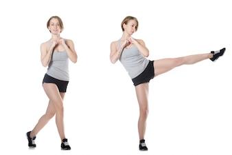 Chica haciendo movimientos aeróbicos