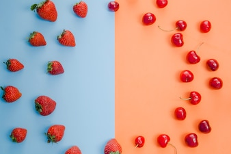 Círculo de frutas rojas