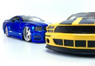 coches de juguete, de metal