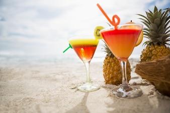 Copa cocktail fotos y vectores gratis for Vasos de coctel