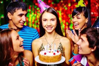 Compañía de cumpleaños velas adultos felices