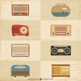 Conjunto de aparatos de radio de época