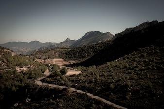 Cordillera de Kyrenia y camino al Castillo de San Hilarión. Distrito de Kyrenia, Chipre