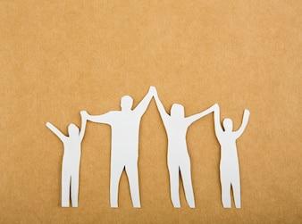 Corte del papel de la familia