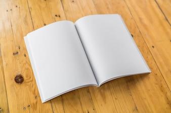 Cubrir documento papel copia en blanco