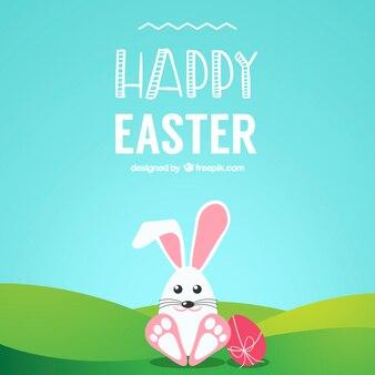 Conejo de Pascua lindo en la hierba