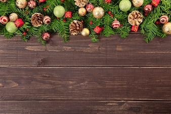 Decoración de navidad en suelo de madera