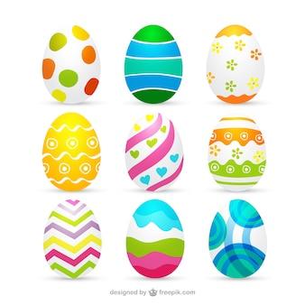 Colección de huevos de pascua decorados