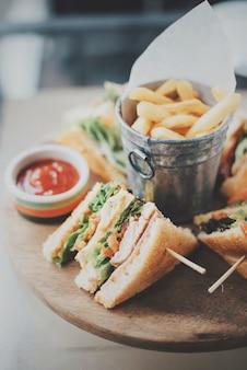 Deliciosa mayonesa pan de molde club sandwich