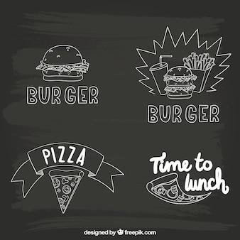 Dibujado a mano la comida rápida en la pizarra
