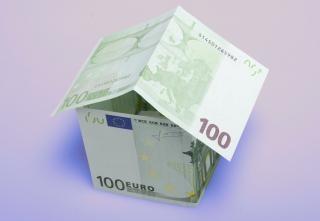 Dinero de pago de la casa