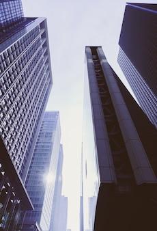 Distrito famoso financiero escénico árbol