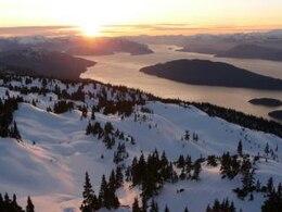 Douglas canal de puesta de sol