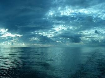 el mar en el material de imagen del cielo