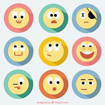 Emoticonos en el estilo de diseño plano