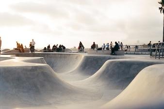 En el parque de patinaje