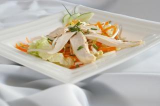 ensalada de pollo, lechuga