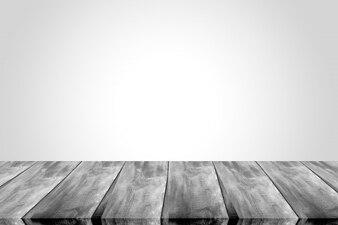 Escena vacía con una tabla de madera