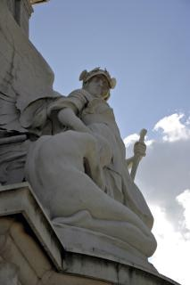 esculturas fuera del palacio de Buckingham, el arte