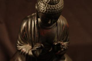 estatua de Buda, la oración