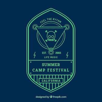 Etiqueta festival de campamento de verano