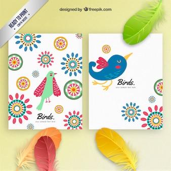 Folletos de pájaros coloridos