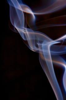Fuma rastro de vapor elegante