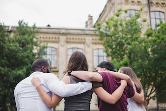 Gente, posición, juntos, abrazar
