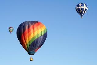 globos de aire caliente brillante