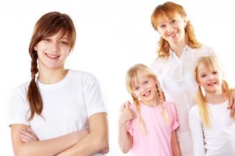 Grupo de personas madre hija adolescente