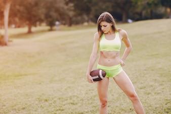 Hermosa niña deportiva