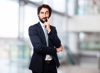 Hombre elegante pensando