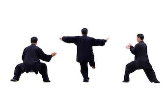 Hombre practicando diferentes movimientos de karate