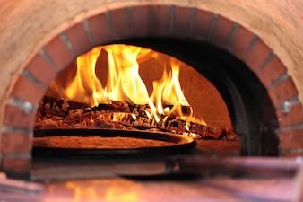 Horno de pizza en restaurante