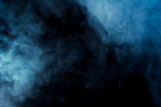 Humo, humo translúcido,