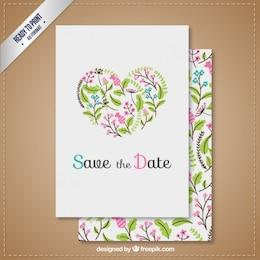 Invitación de boda con corazón floral